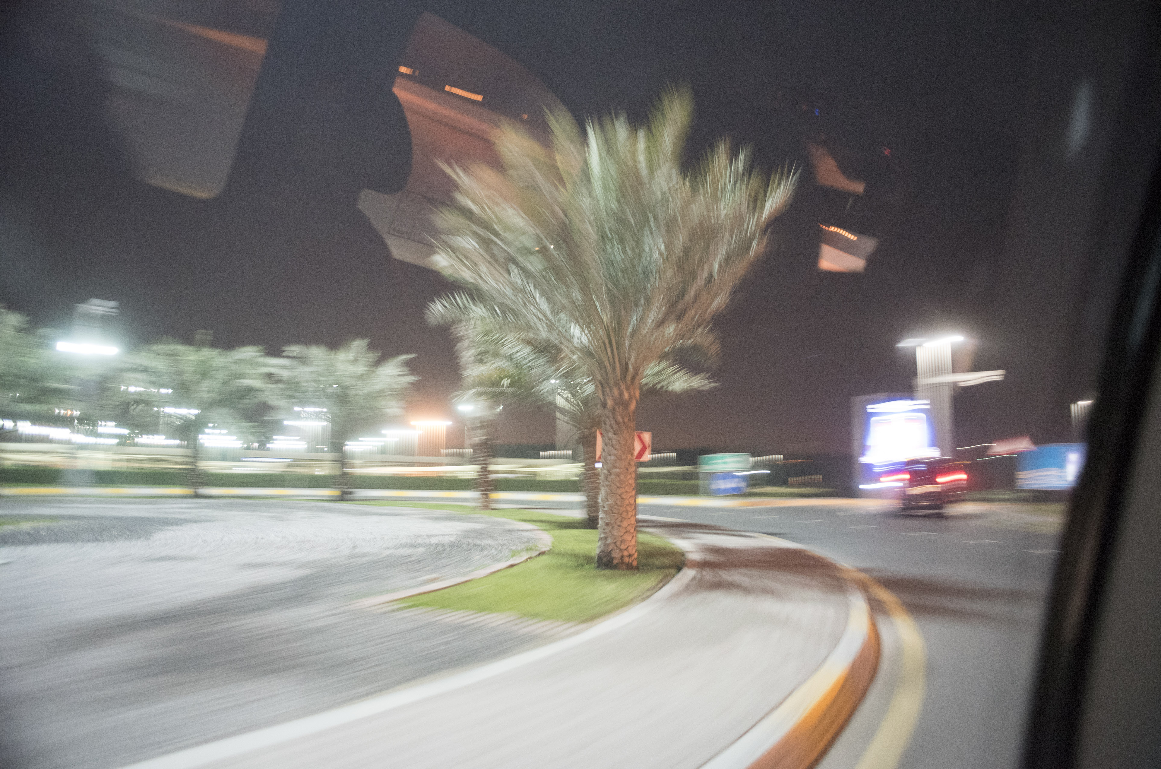 Abu Dhabi2/10 -06