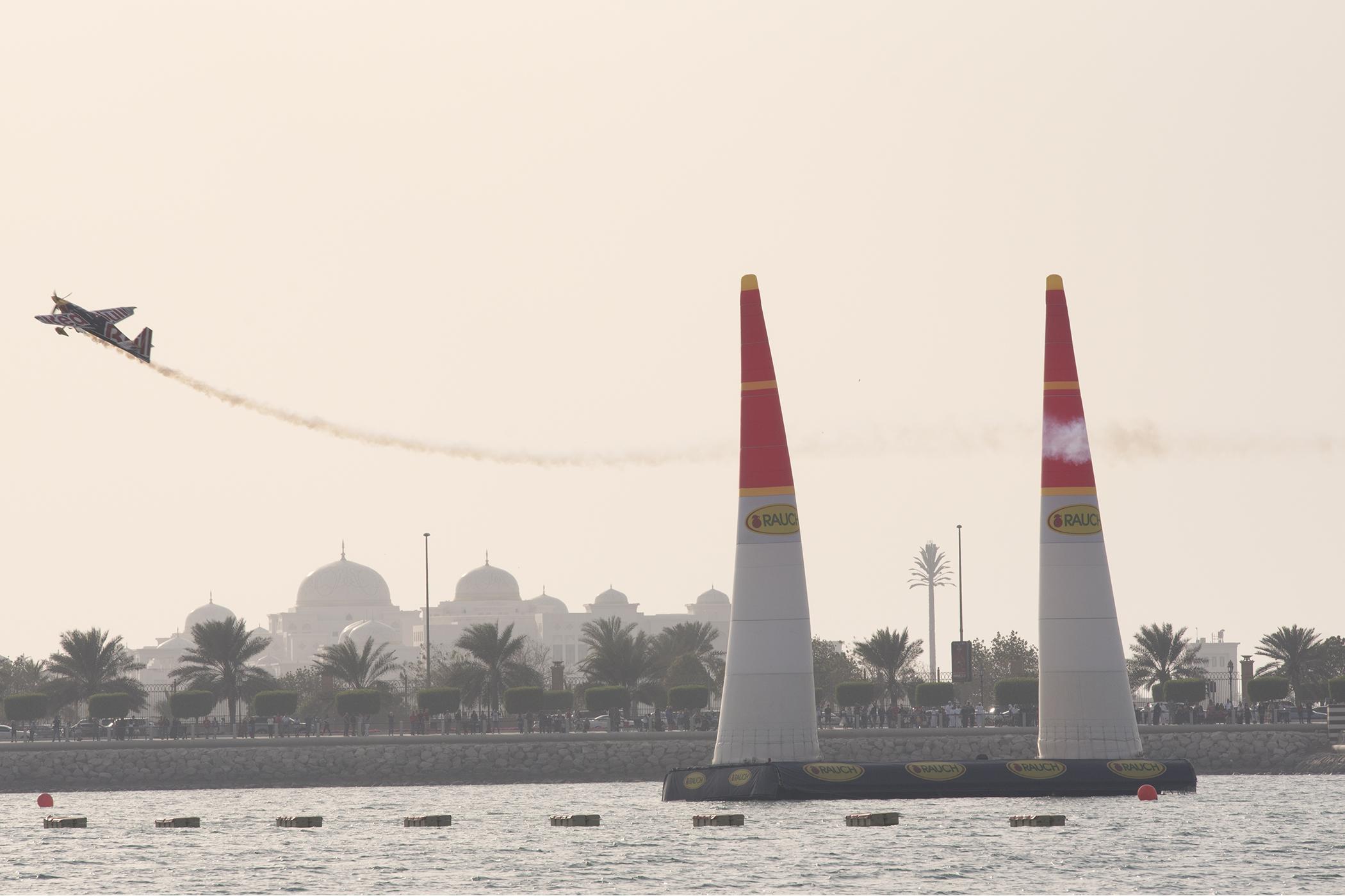 Abu Dhabi2/11 -09